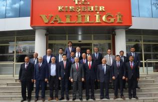 İL GENEL MECLİSİ ÜYELERİ VALİ AKIN'I ZİYARET ETTİ